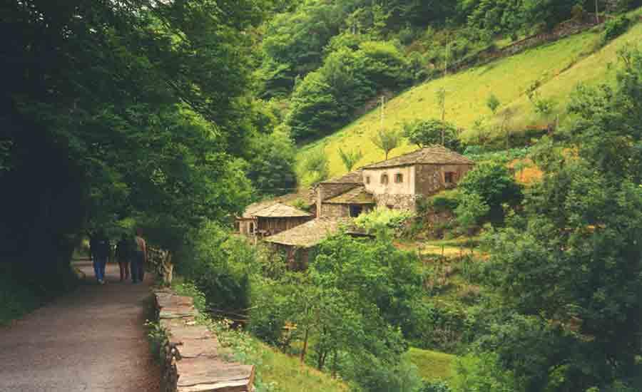 pueblos-mas-bonitos-asturias-taramundi