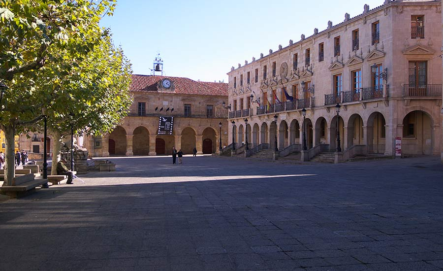 plaza-mayor-soria