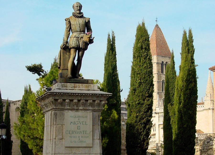 estatua-cervantes