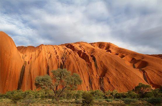 Uluru Ayers Rock: la misteriosa montaña sagrada de los aborigenes de Australia 6