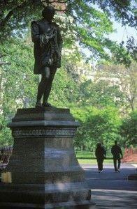estatua de shakespeare central park nueva york