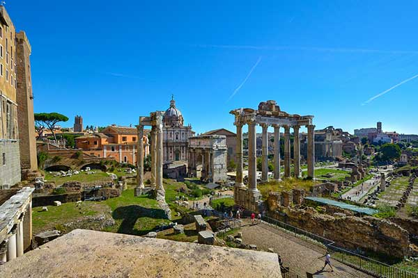 que ver en el foro romano