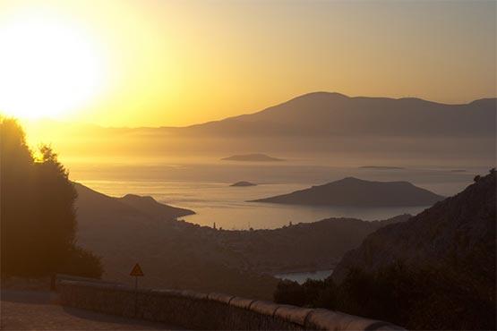 puesta de sol en Halki