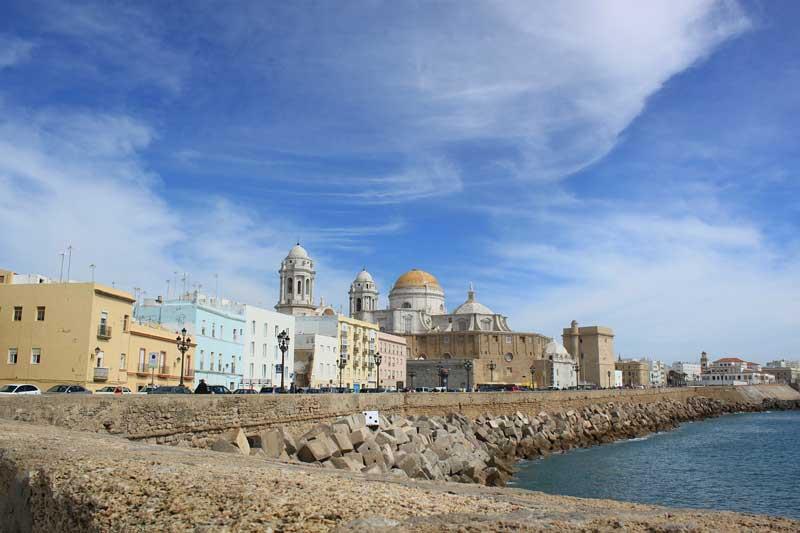 Hoteles con cotillón en Cádiz
