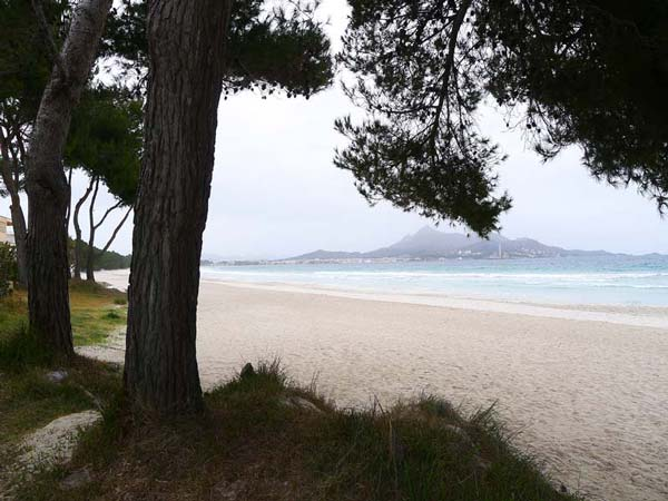 Playa de Llenaire