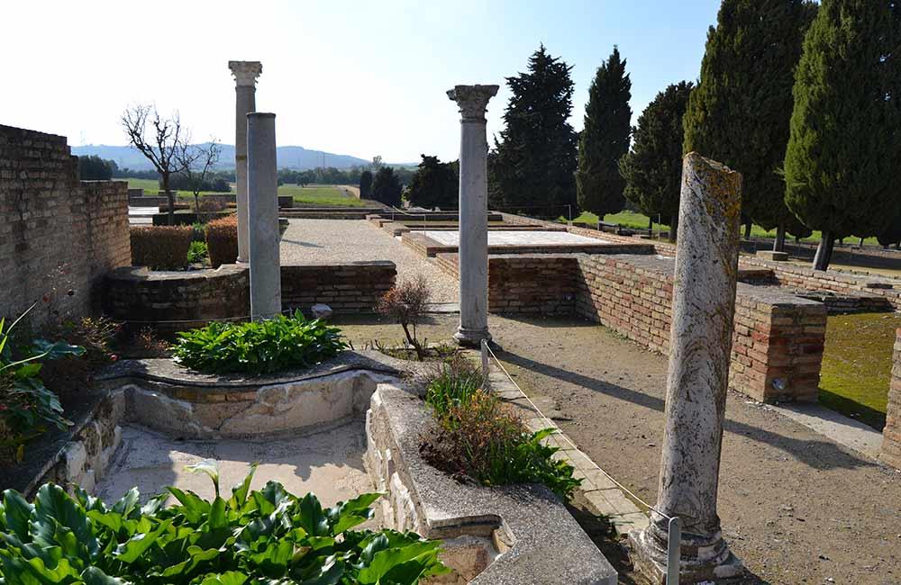 conjunto arqueologico italica