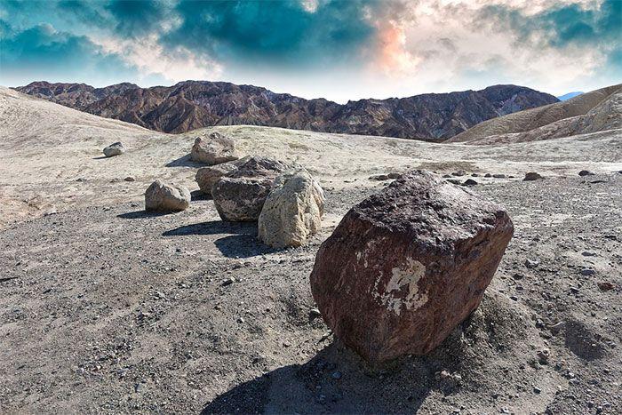 piedras que se mueven en Racetrack Playa Death Valley